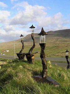 Ansammlung Färöischer Lichter in Frühlingslandschaft